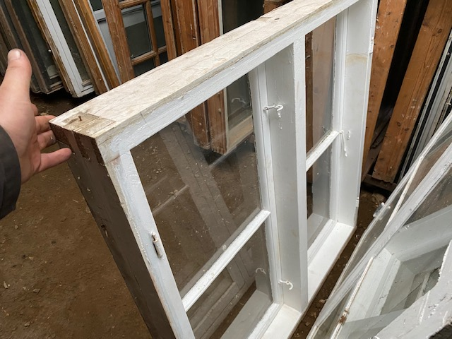 1 lags vinduer 1.19 høj 1.21 bred 6 stk.
